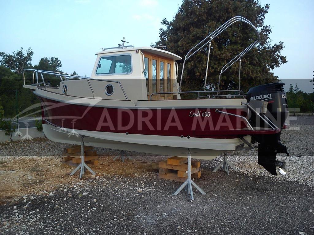 Suha marina - Brodica